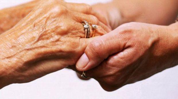 megrine-consultations-gratuites-au-profit-des-personnes-agees[1]